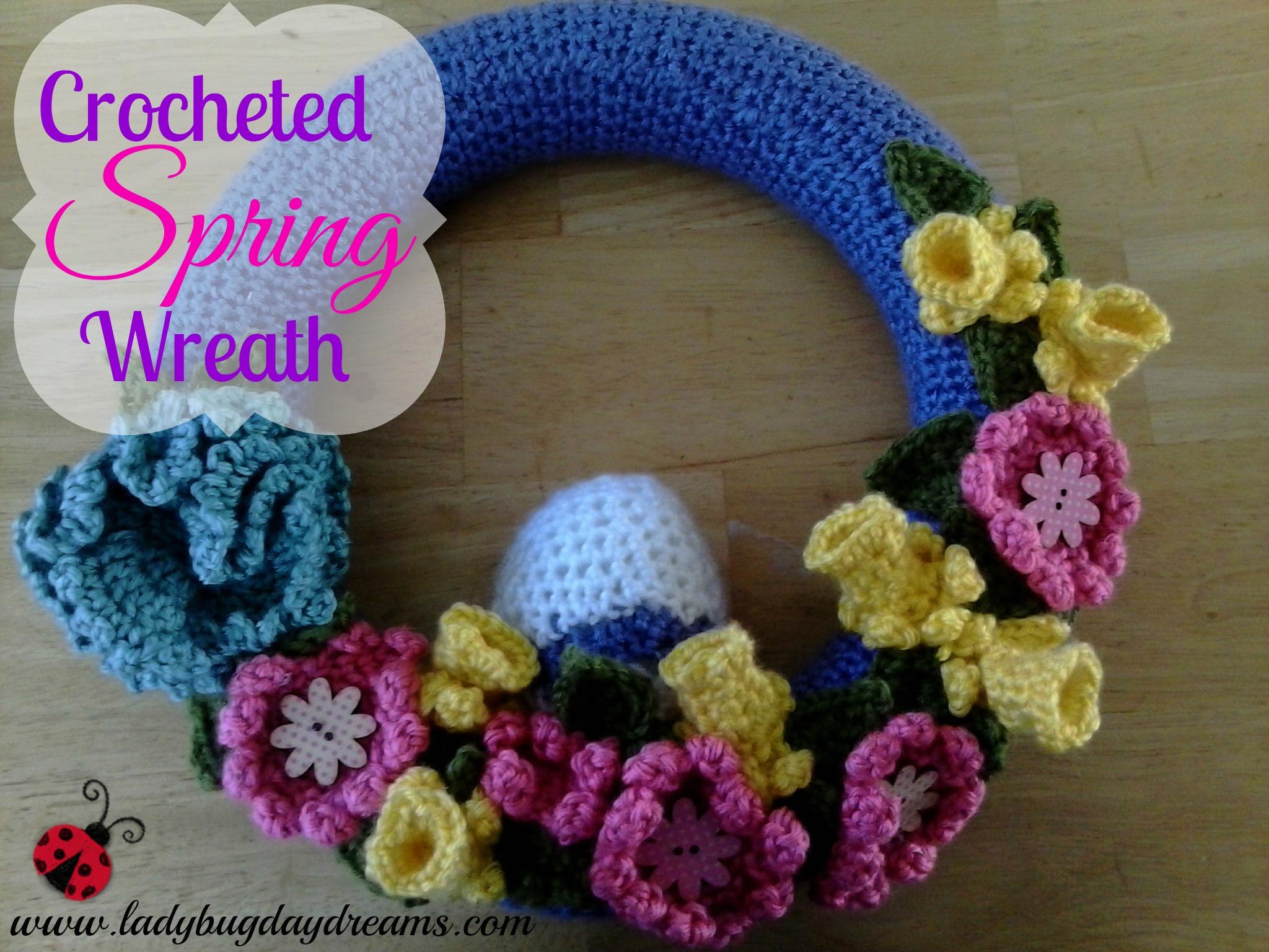 Crocheted Spring Wreath | Ladybug Daydreams